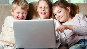 crianças no youtube
